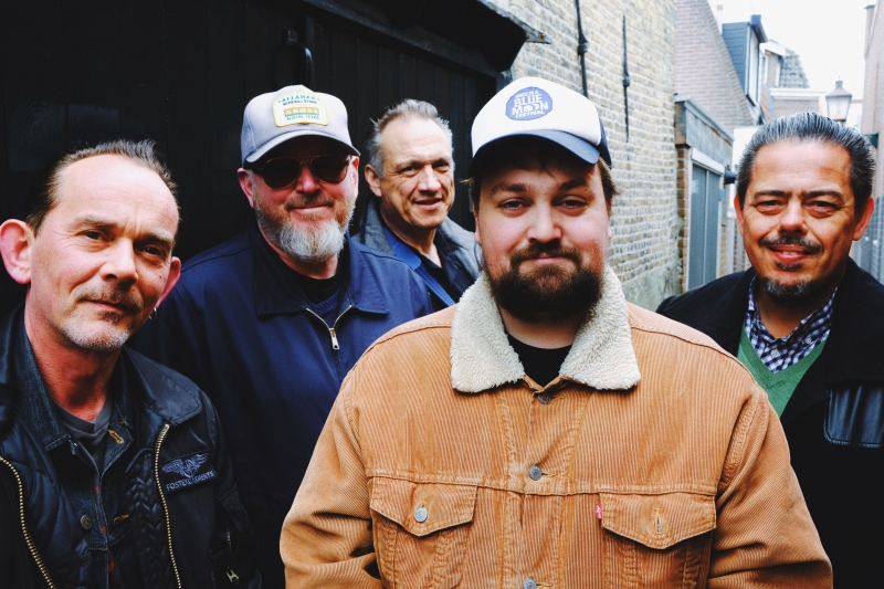 1. Tim Knol & The Blue Grass Boogiemen - 21:30 uur